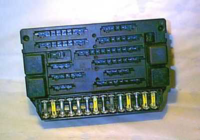 ron_fusebox maserati enthusiasts' page maserati quattroporte fuse box at aneh.co