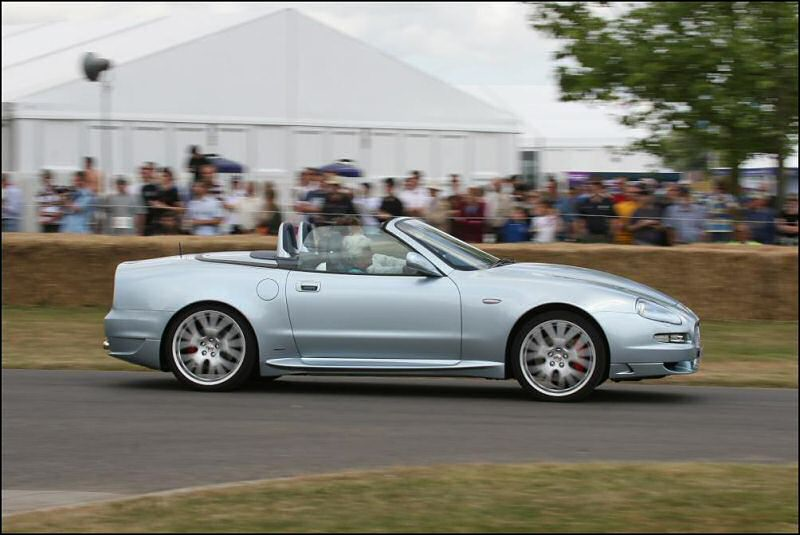 ... De Filippis drives the Maserati GranSport Spyder up Goodwood Hill